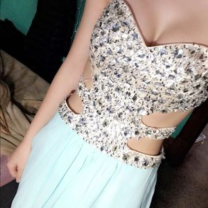 Blue strapless prom/wedding dress